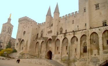 avignon_castle.JPG